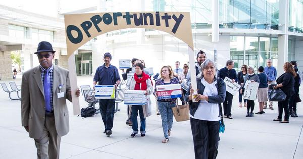 35,000 signatures for Opportunity to Work